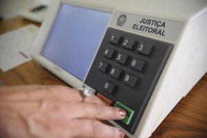 Pesquisas apontam vitória de Helder no governo do Pará