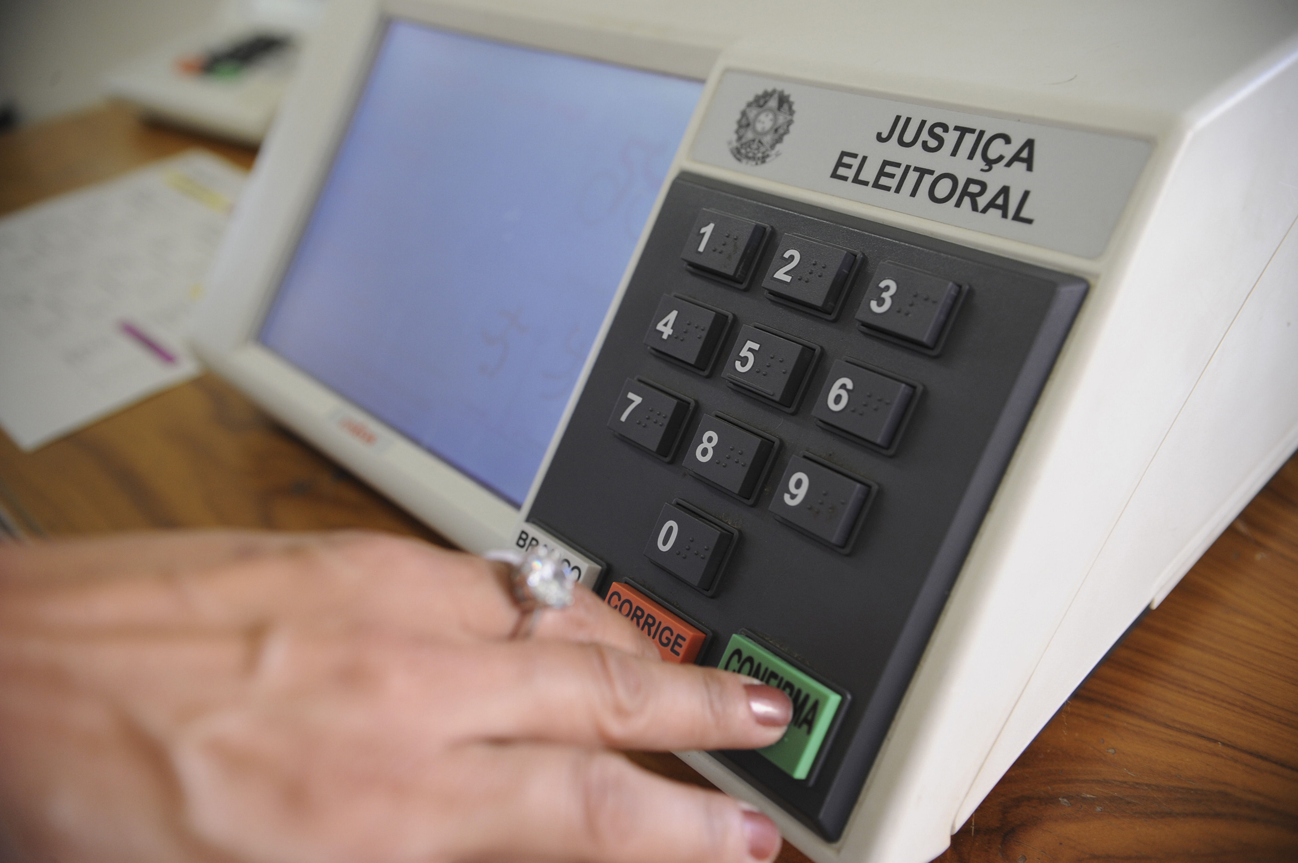 José Priante, Pesquisas, apontam vitória, de Helder, no governo, do Pará