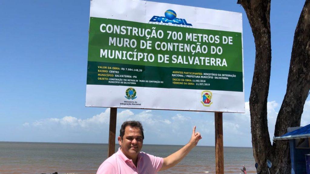 José Priante visita obras na orla da Praia Grande