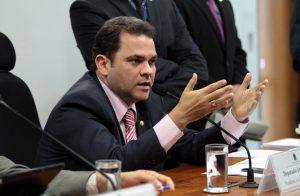 Priante é o novo presidente do centro de estudo e debates estratégicos