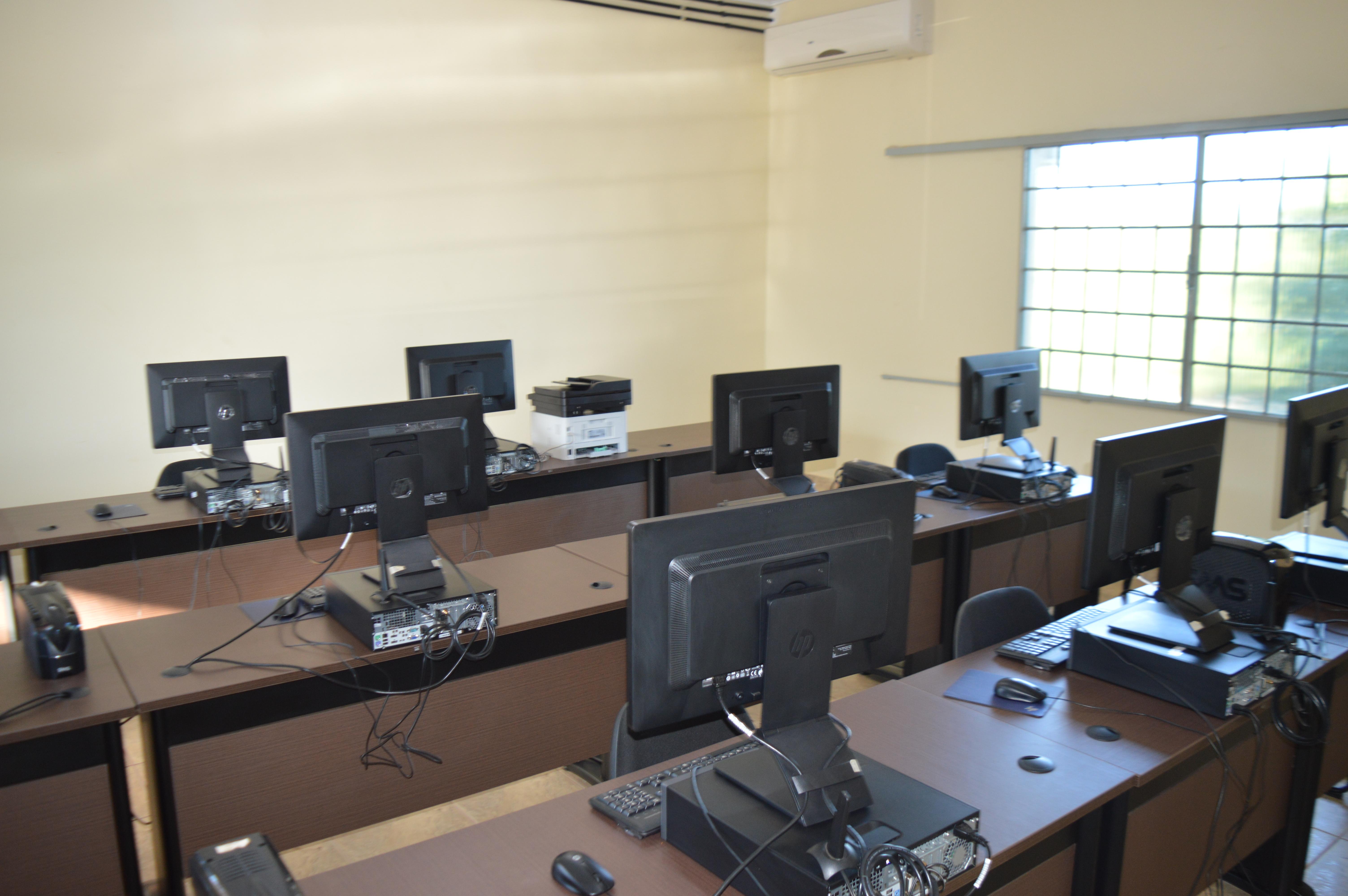 Priante ajuda a modernizar a Universidade  Federal do Sul e Sudeste do Pará