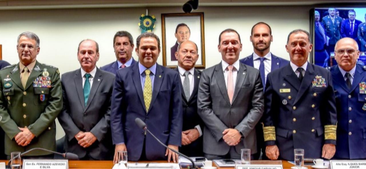 Comissão da reforma dos militares elogia Forças  Armadas no combate às queimadas na Amazônia