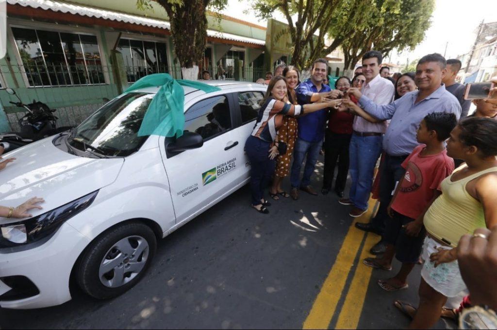 WhatsApp Image 2019 11 19 at 09.27.51 1024x679 - Priante consegue liberação de mais R$ 1 Milhão para assistência social